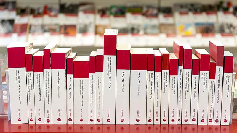 Bundeszentrale für politische Bildung, bpb, Bücher, Bücherei, Bibliothek