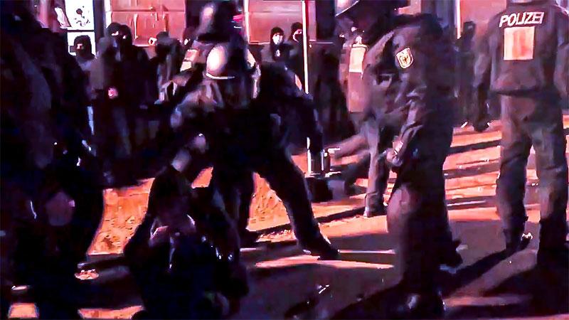 Polizeigewalt, Demonstration, Gewalt, Polizei, Rechtsextremismus