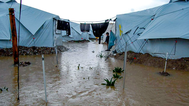 Flüchtlingslager, Kara Tepe, Zelte, Regen, Wasser, Griechenland