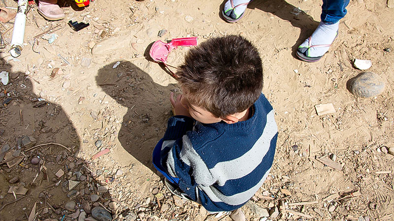 Kind, Flucht, Asyl, Mexiko, USA, Boden, Sitzen, Armut