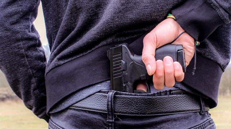 Waffe, Rücken, Hand, Straftat, Gewalt, Neonazi, Rechtsextremismus