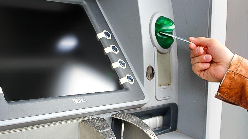 Bank, Geld, Geldautomat, EC-Karte, Armut, Reichtum