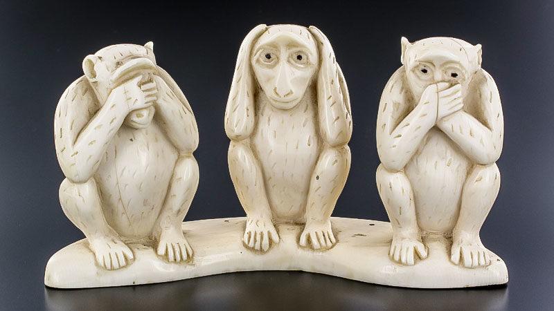 Drei Affen, nichts gesagt, nichts gesehen, nichts gehört, Skulptur