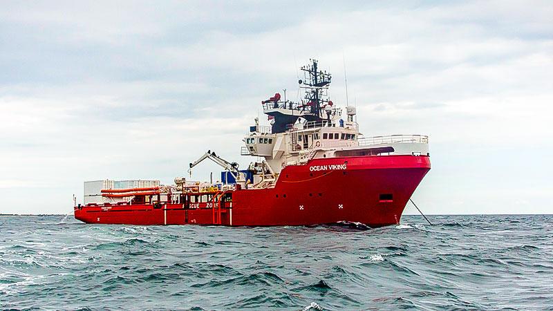 Seenotretter, Ocean Viking, Schiff, Meer, Mittelmeer, Flüchtlinge