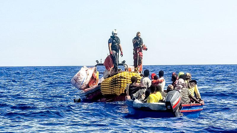 Flüchltinge, Seenotrettung, Mittelmeer, Flucht, Rettung